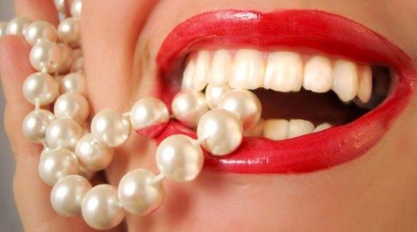 Отбеливание зубов содой и перекисью водорода в домашних условиях