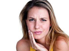 Может ли зубной камень отвалиться сам?